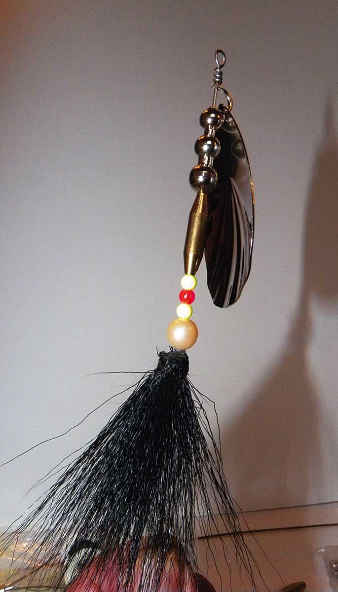 ... und die weiteren Komponenten wie Gewichte, Perlen und Bucktails nach Belieben und Einsatzzweck zusammenstellen.