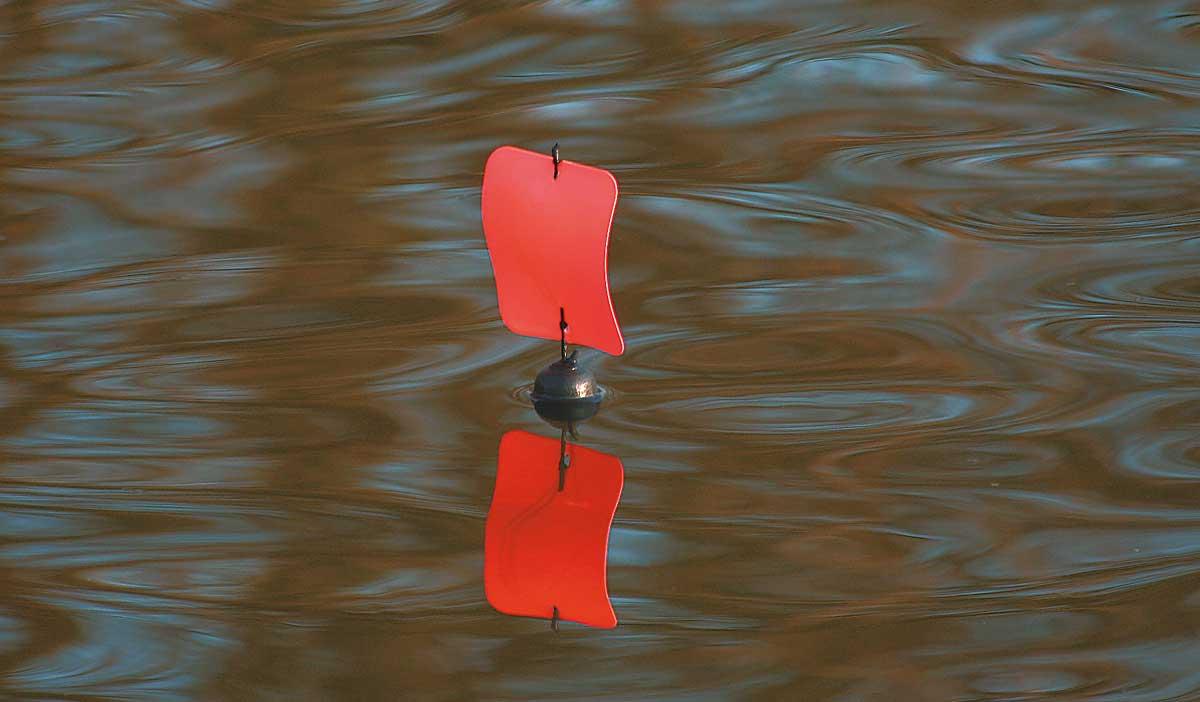 Ein großes Segel bietet dem Wind viel Angriffsfläche.